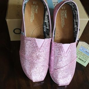 TOMS pink glitter shoes Youth size 4 nwt